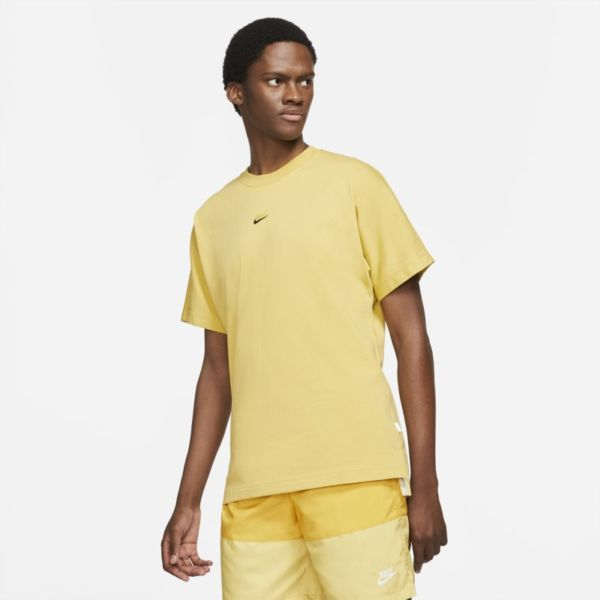Nike Sportswear Style Essentials Camiseta de manga corta - Hombre - Amarillo